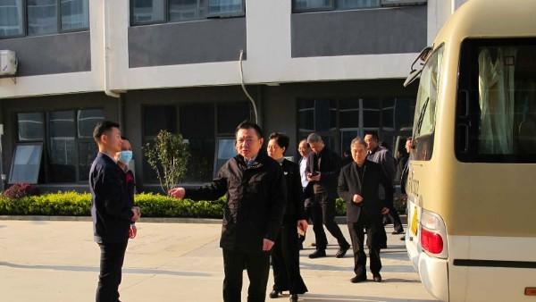 南通市通州区委书记陈永红一行莅临卓力达调研